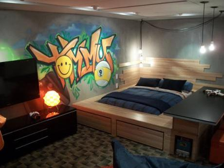 Chambre d ados avec une murale graffiti d couvrir for Chambre gaming