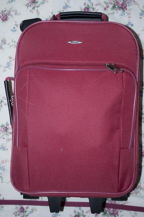 prendre l 39 avion avec easyjet valise de cabine paperblog. Black Bedroom Furniture Sets. Home Design Ideas