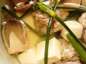 Soupe tofu, champignons paille bourgeons ciboule
