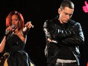 """Tube Rihanna Eminem signent chanson l'année avec """"The Monster"""""""