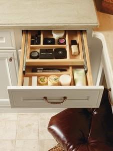 astuces rangement pour vos produits de beaut paperblog. Black Bedroom Furniture Sets. Home Design Ideas