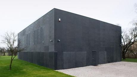 Safe house la maison bunker lire - Maison en beton arme ...