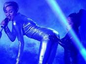 "2013 Miley Cyrus Can't Stop"", voir revoir performance"