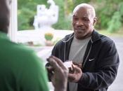 Mike Tyson redonne l'oreille Evander Holyfield pour Foot Locker