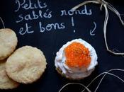 Petits sablés ronds bons maison Michel Augustin, garnis saumon
