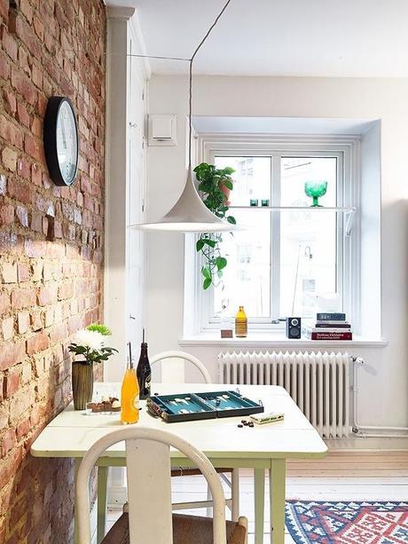 des astuces pour une salle manger chaleureuse en blanc paperblog. Black Bedroom Furniture Sets. Home Design Ideas