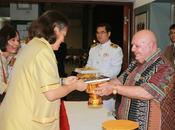Jean Marcel Histoires pays d'or honorés Altesse Royale Princesse Maha Chakri Sirindhorn