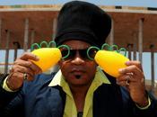 Vuvuzela brésilien s'appelle Caxirola