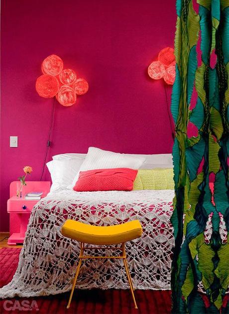 un appartement plein de couleurs d couvrir. Black Bedroom Furniture Sets. Home Design Ideas