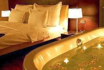 D coration de la chambre coucher pour la st valentin paperblog - Deco chambre saint valentin ...
