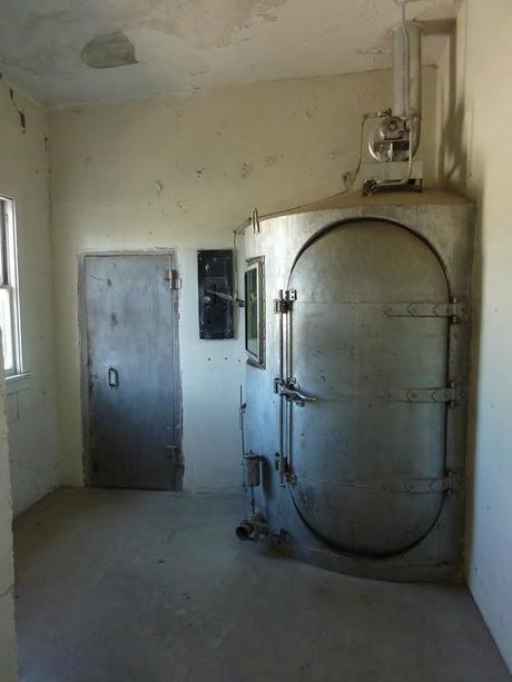 Prisons abandonn es 3 me et derni re partie d couvrir for Camp du struthof chambre a gaz