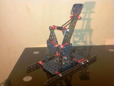 meccano catapulte de la boite 7080 d couvrir. Black Bedroom Furniture Sets. Home Design Ideas