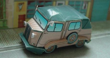 Blog_Paper_Toy_papercraft_Command_Car_Camille