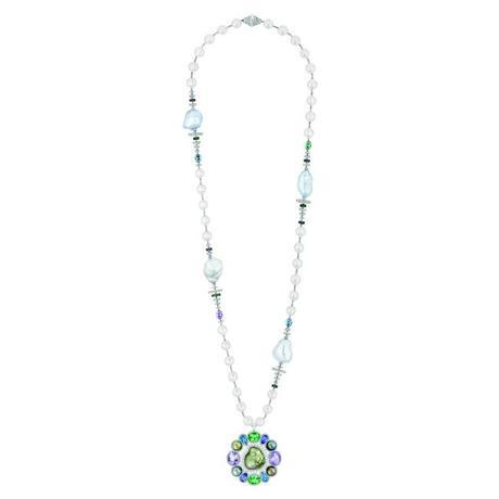 Les perles de chanel haute joaillerie voir for Haute joaillerie chanel