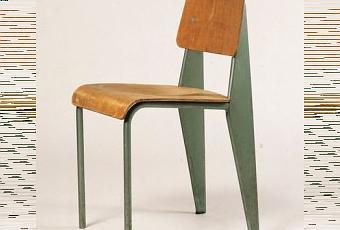 zoom sur la chaise standard de jean prouv paperblog. Black Bedroom Furniture Sets. Home Design Ideas