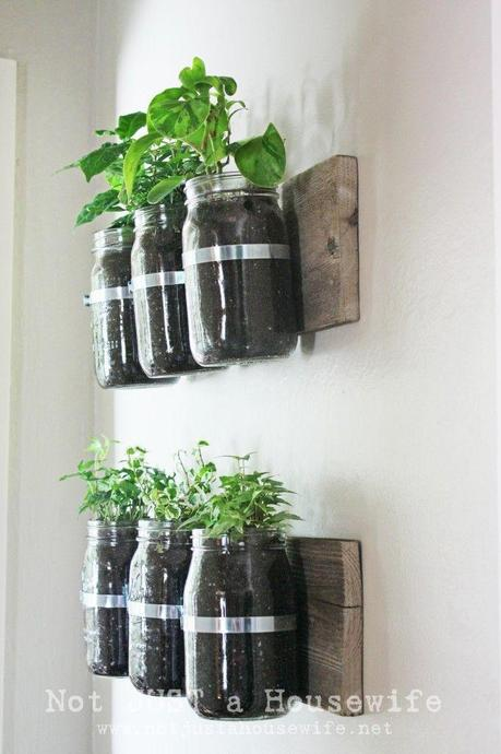 diy vos pots pour aromates maison voir. Black Bedroom Furniture Sets. Home Design Ideas
