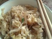 Choucroute chinoise mijotée avec vermicelles patate douce 酸菜炖粉条 suāncài fěntiáo