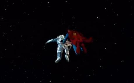 Gravity-Superman-2014