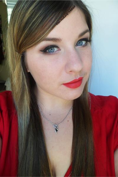 Rouge Nouveau Weightless Lip Color Mod - Laura Mercier 6