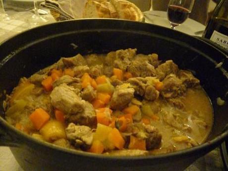 recevoir à dîner, s'organiser pour recevoir, préparer un dîner en avance, plat mijoté, cuisiner pour recevoir