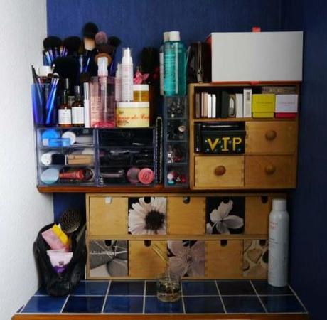Mes solutions de rangement dans ma mini salle de bain - Charonbelli's blog mode et beauté