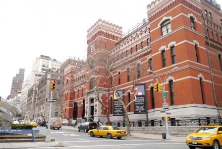 P1040728 448x300 Ouverture du Salon du Livre Ancien de New York