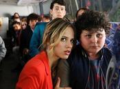 Crisis (2014) otages luxe; parents prêts tout