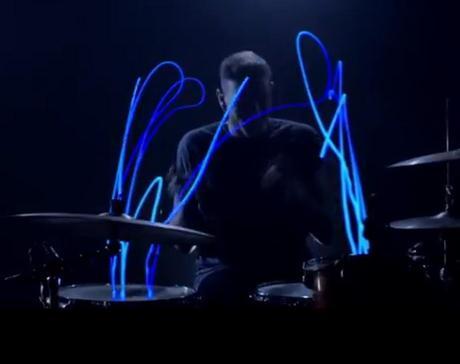Light Drumming