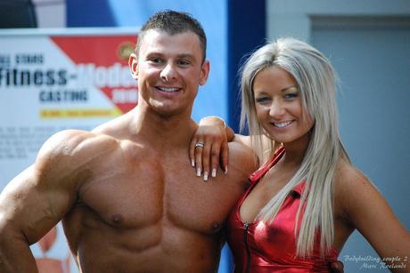 Bodybuilding couple 2