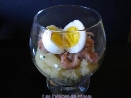 Ecrasé de pommes de terre, crevettes grises et œuf de caille (mise en bouche)
