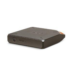Avec son design en forme de bidon d'essence, le LaCie Fuel ne passe pas inaperçu ! Ce disque dur externe portable se distingue également par ses capacités exceptionnelles pour vivre confortablement vos divertissements multimédia.Fort d'une capacité d...