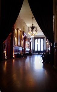 P1040756 188x300 La plus grande bibliothèque éphémère du Nouveau Continent