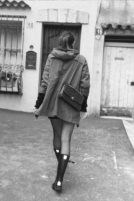 Blog mode Fashion Fashion Blog French Blog Fashion Blogger Ootd Outfit Lisa Marie Diary Bottes de pluie et mini