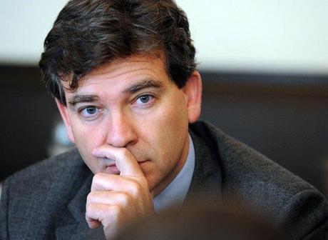 Arnaud Montebourg réagit à la cession de SFR