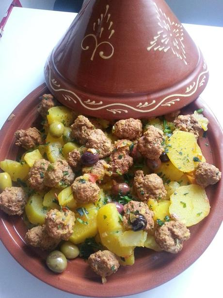 Tajine pommes de terres olives et boulettes de veau