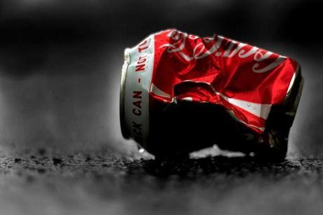 3 Dangers du Coca Cola pour la Santé : Ignorez-les à vos Propres Risques.  Source : Comment-Economiser.fr   http://www.comment-economiser.fr/coca-cola-sante.html