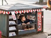Coca-Cola vend mini-canettes dans mini-kiosques