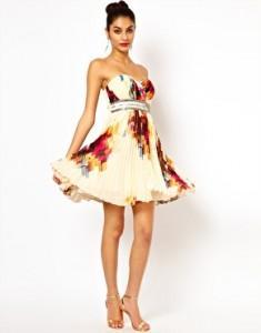 pour choisir une robe s 39 habiller pour un mariage robe longue. Black Bedroom Furniture Sets. Home Design Ideas