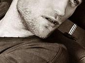 "Robert Pattinson chante dans ""The Rover"""