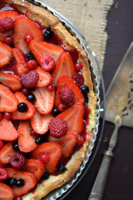 tarte aux fraises et autres fruits rouges de philippe conticini paperblog. Black Bedroom Furniture Sets. Home Design Ideas