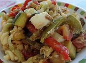 Salade pâtes maquereaux légumes