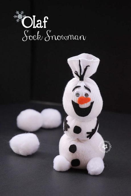 diy olaf le bonhomme de neige partir d une chaussette paperblog. Black Bedroom Furniture Sets. Home Design Ideas