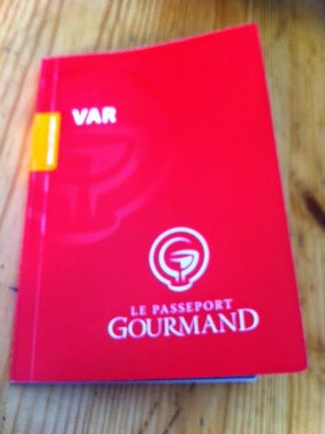 Le Passeport Gourmand - Le Petit Livre Rouge des Gourmands