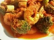 Crevettes sautées curry tomates brocolis