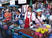 Balade pieds dans vieux Bangkok, découverte mets locaux