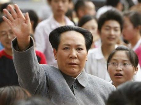 Le sosie de Mao est une femme