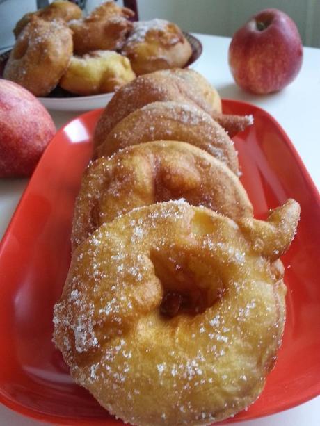 Beignets aux pommes sans repos de la p te paperblog - La ferme aux beignets ...