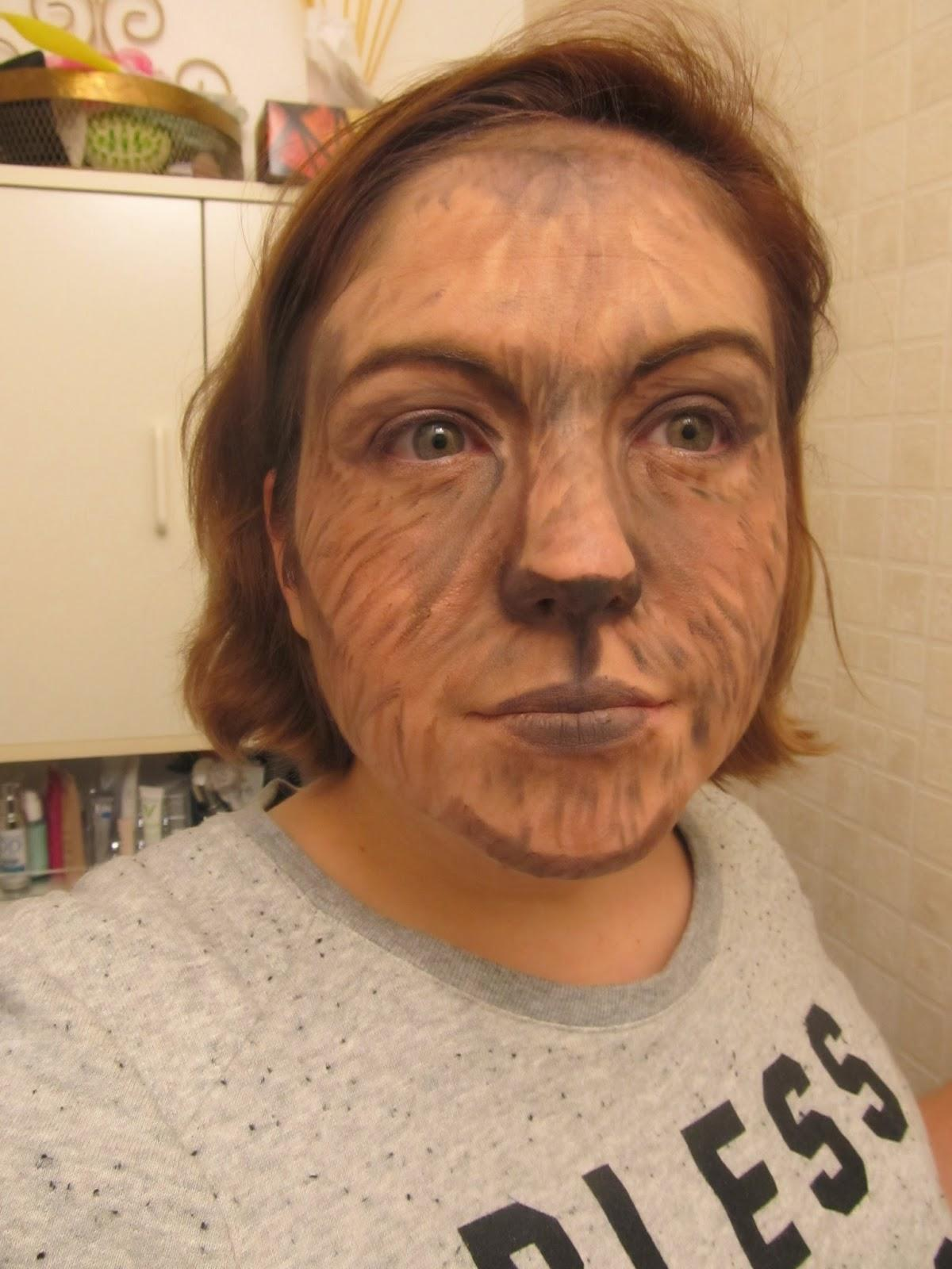Maquillage halloween femme facile a faire diable - Maquillage loup facile ...