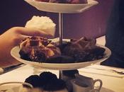 Petit #thetime #vendredisoir #champs #soirée #amies #chéri #copain #gâteau #glace #chocolatviennois #yummy #tropbon #pornfood #food #foodporn #instafood #instamiam @Häagen-Dazs Avenue Champs Elysées, Paris