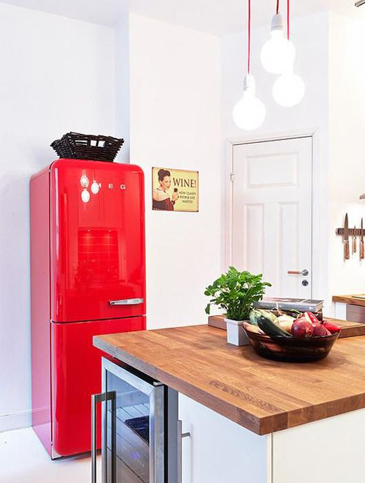 Plan de travail cuisine rouge poubelle cuisine retro 6 - Cuisine rouge plan de travail noir ...